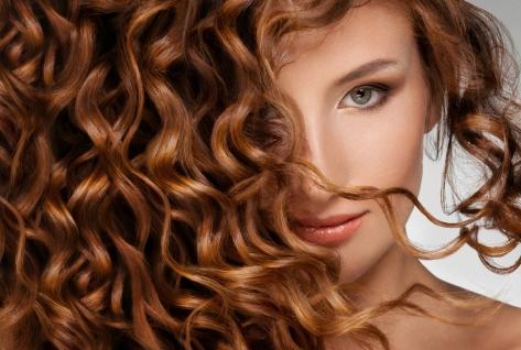 cabelos-cachos-bela-center