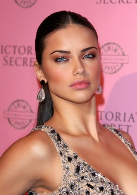 A modelo Adriana Lima