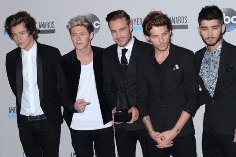 Com vocês, Harry, Niall, Liam e Louis e Zayn