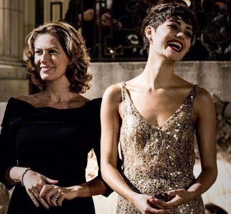 """Patrícia Pillar e Sophie Charlotte em cena de """"O Rebu"""", nova novela das 11 da Globo"""