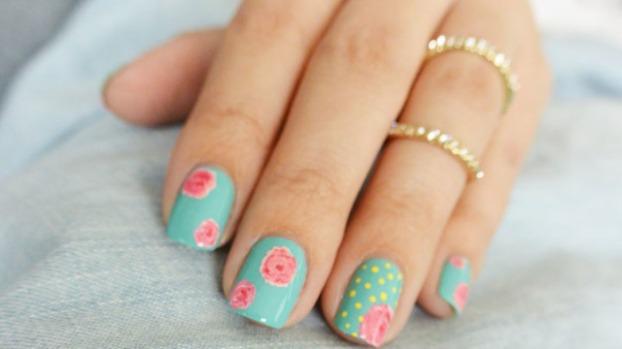 unhas-floral-tutorial-bela-center