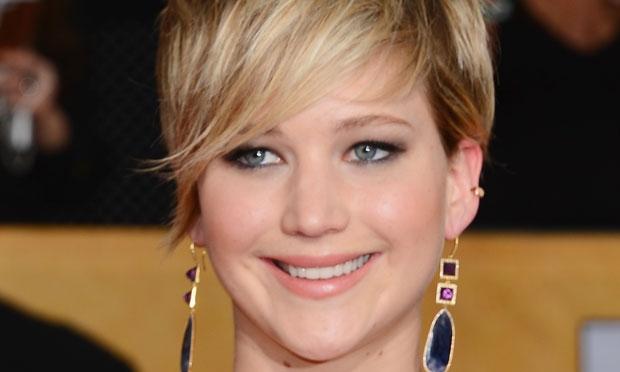 Jennifer Lawrence Cabelo Curto E Franja Longa