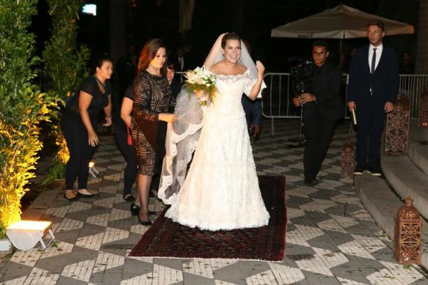 fernanda-souza-noiva-casamento-bela-center